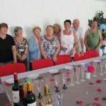 Photo de groupe des membres du club de Scrabble