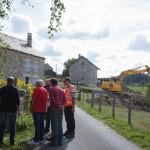Aménagement de la Bessière - Les participants à la réunion de chantier font le tour du village