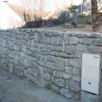 Reprise du mur de souténement dans la rue haute.