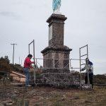 Rénovation de la statue de la Vierge.