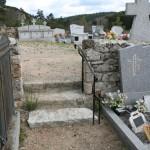 Main courante au cimetière de Javols.